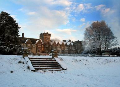 Mallow-Castle-in-the-Snow.-s