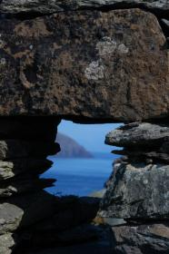 Slea-Head-through-an-old-Blasket-window.-s
